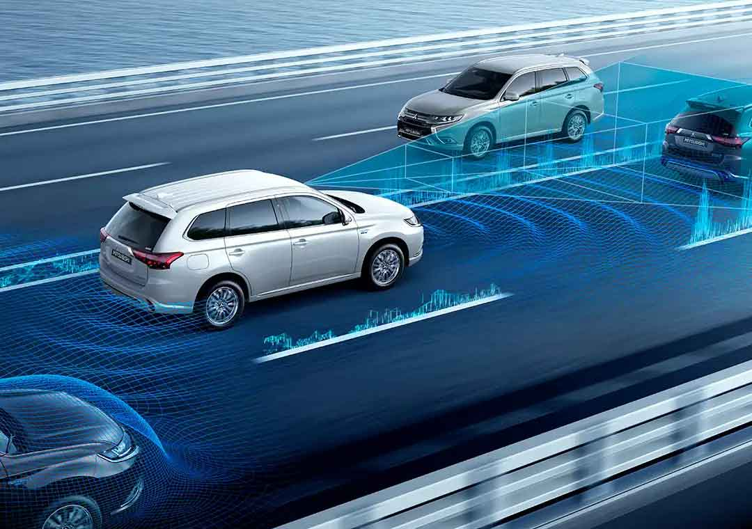 Outlander PHEV safety features