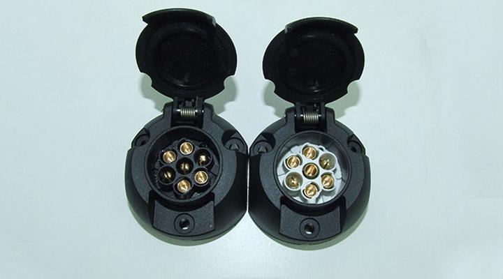 Twin 7 Pin