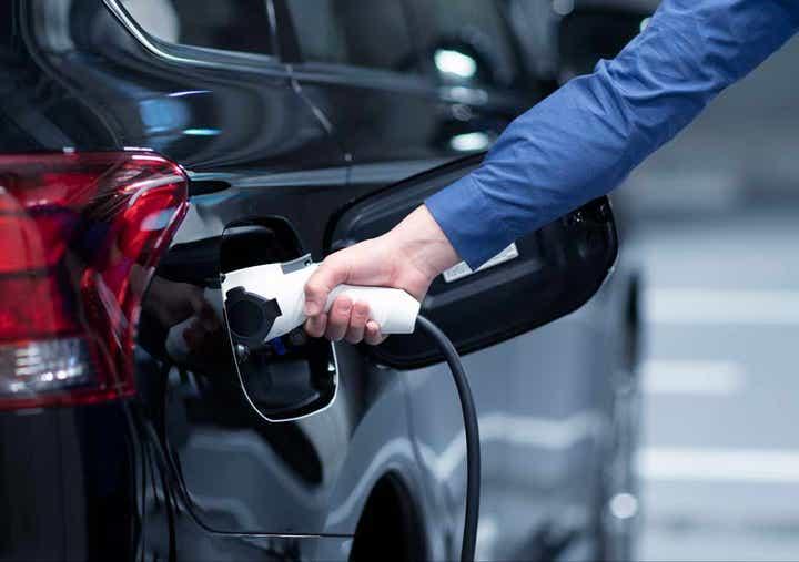 Charging a Hybrid