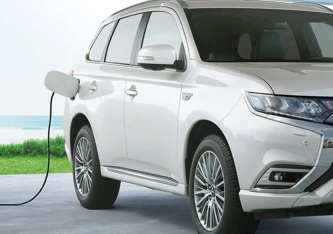 Outlander PHEV charging cable